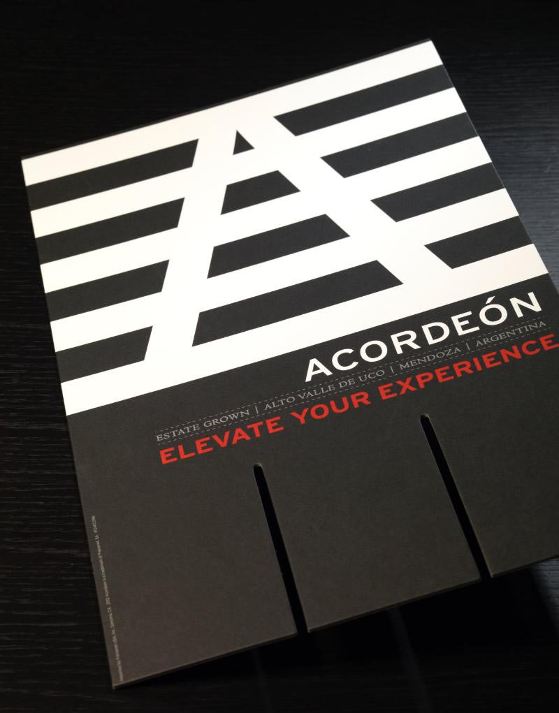Acordeón Case Card Design
