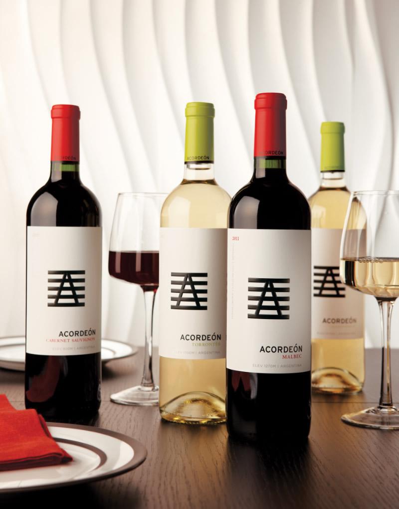 Acordeón Wine Packaging Design & Logo