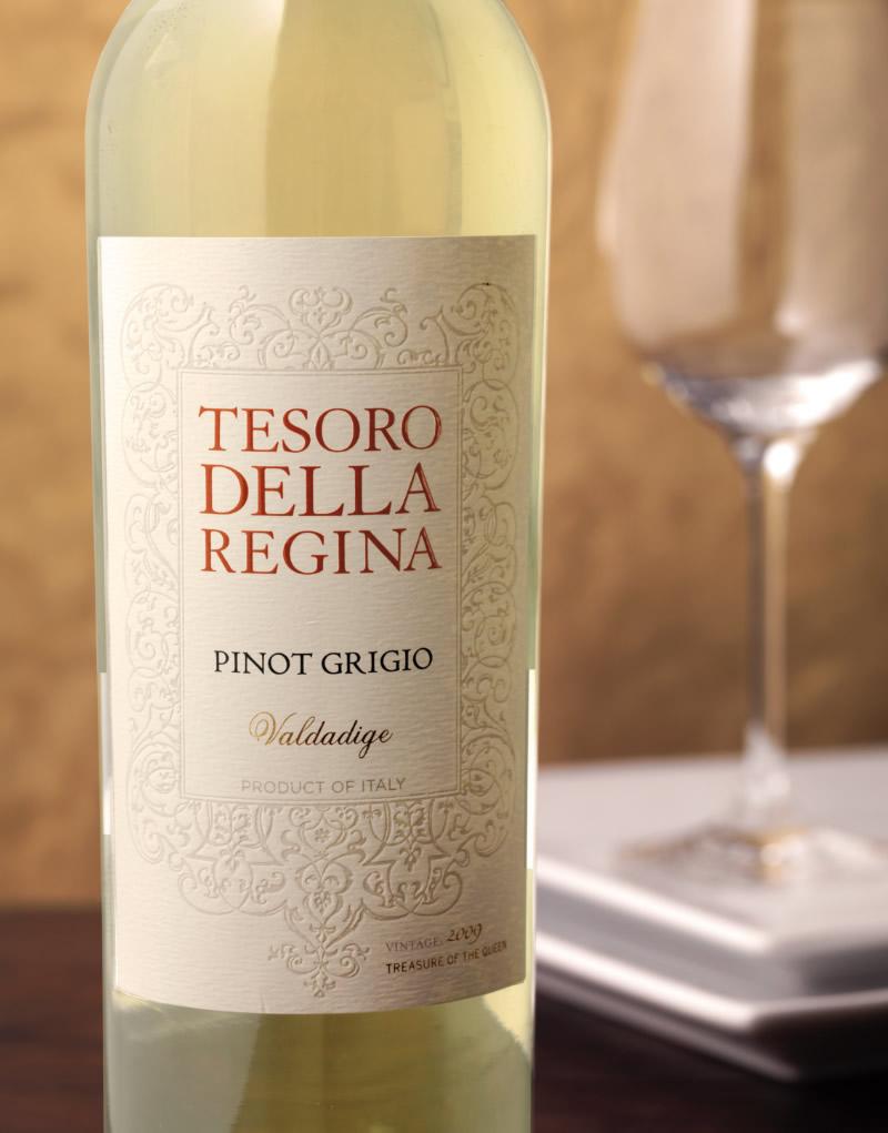 Tesoro Della Regina Wine Packaging Design & Logo Pinot Grigio
