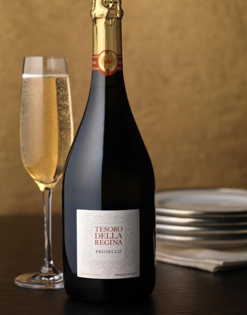 Tesoro Della Regina Wine Packaging Design & Logo Prosecco