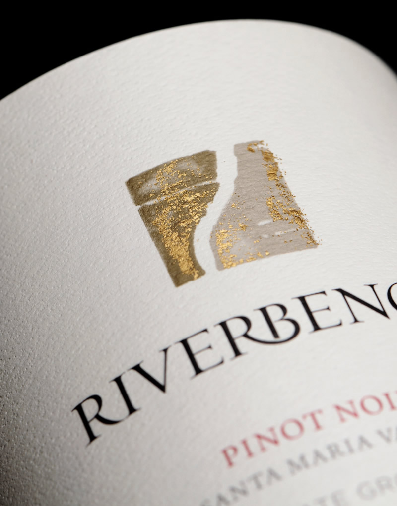 Riverbench Wine Packaging Design & Logo Pinot Noir Label Detail