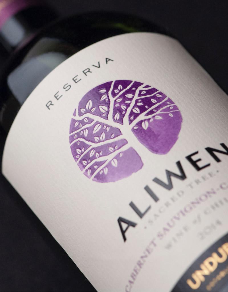 Aliwen Wine Packaging Design & Logo Label Detail