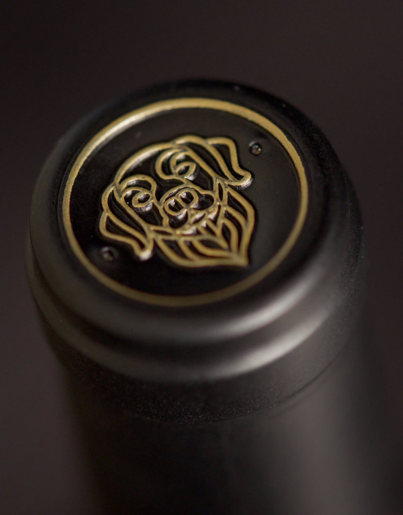 Bigsby's Folly Wine Packaging Design & Logo Capsule Detail