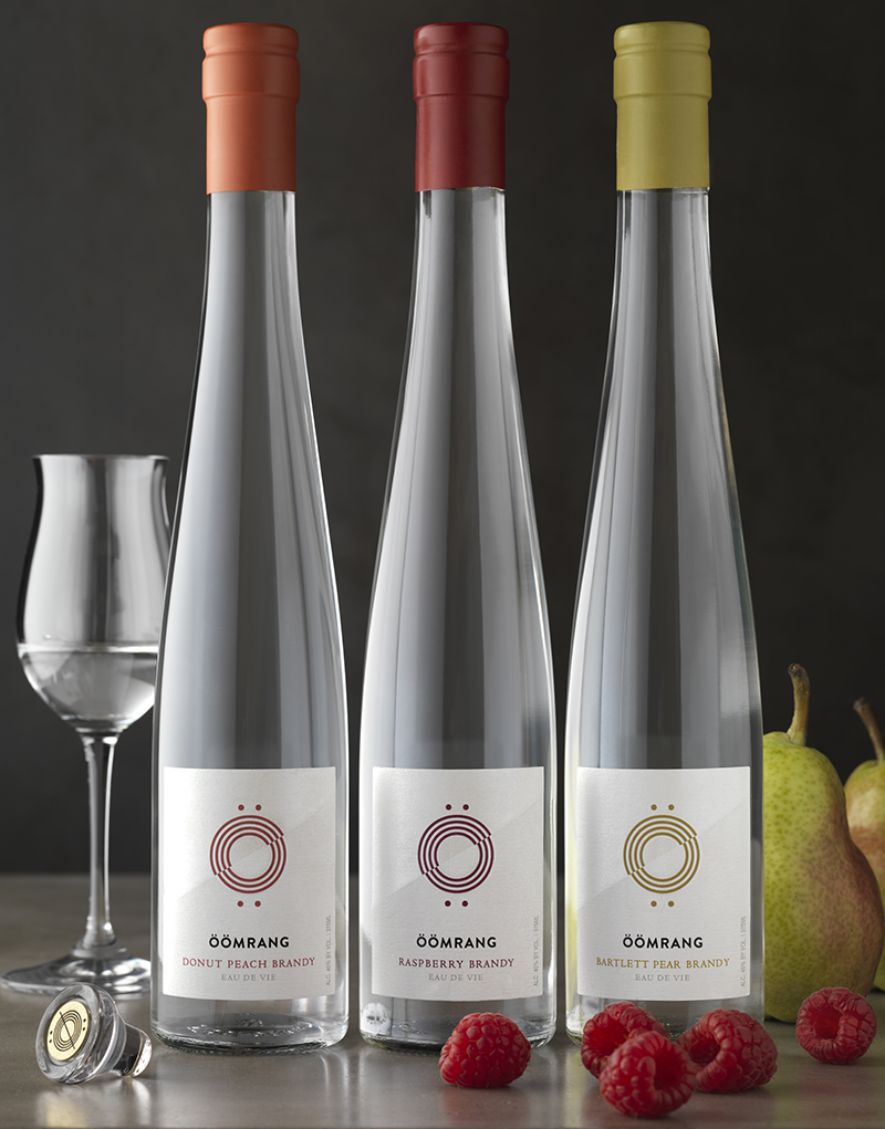 Öömrang Donut Peach, Raspberry, Bartlett Pear Eau de Vie Packaging Design & Logo